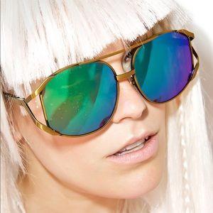 Beautiful Mirrored Wildfox Sunglasses!